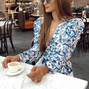 In The Style lornaLuxe Top
